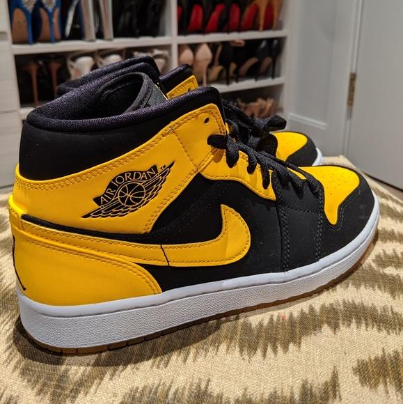 Nike Shoes   Bumblebee Nike Air Jordan